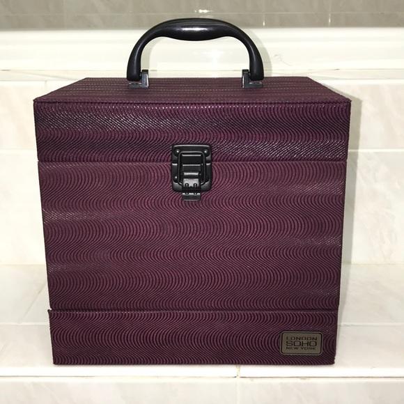 London Soho Handbags - London Soho Makeup Case